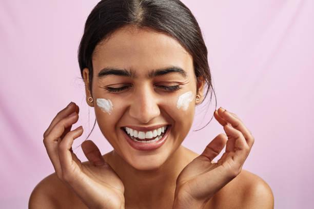 10 BEST Cheap Face Moisturizers 2021
